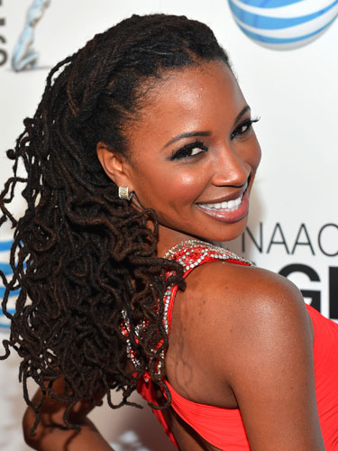http://lovecraftbeauty.files.wordpress.com/2013/04/rby-shanola-hampton-naacp-de.jpg?w=700&resize=375%2C500